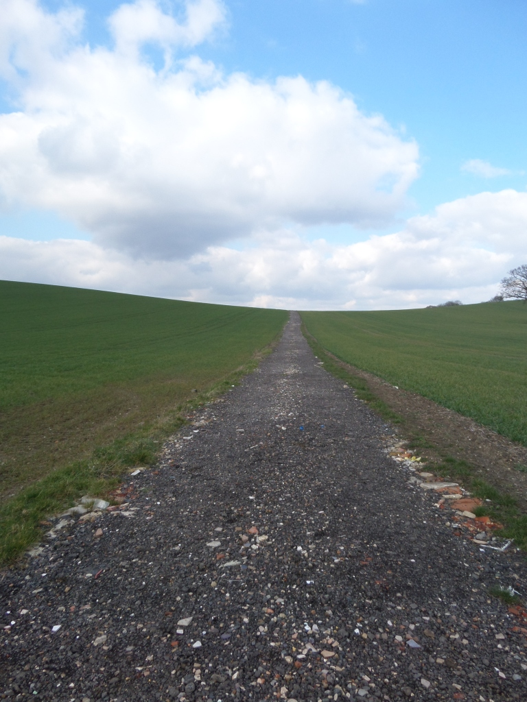 footpath-near-lower-samshill-harlington