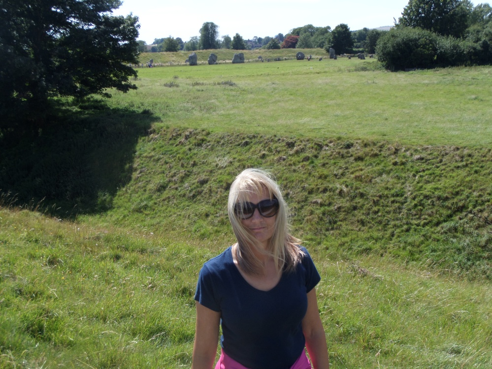 ridgeway-national-trail-avebury-standing-stones
