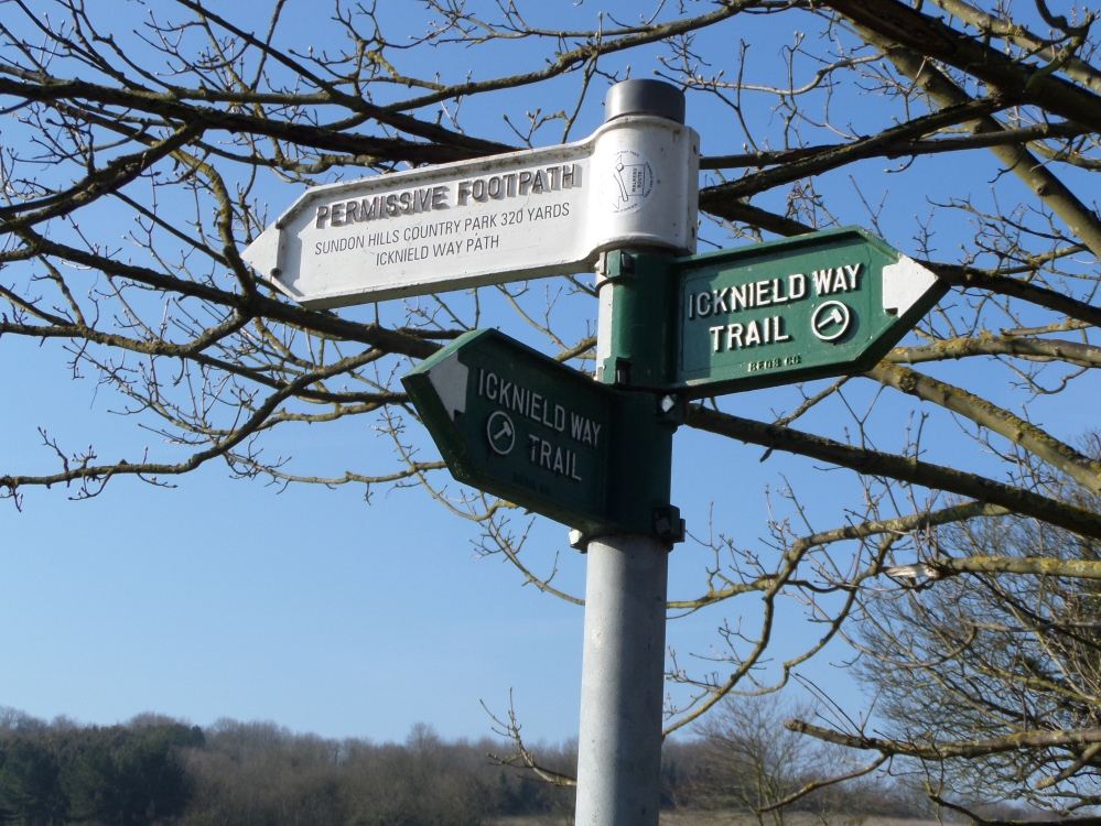 footpath-from-harlington-to sundon-hills-about-the-journey
