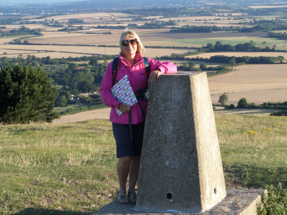 ivinghoe-beacon-the-ridgeway-national-trail