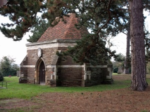 ailesbury-mausoleum-st-mary-the-virgin-maulden