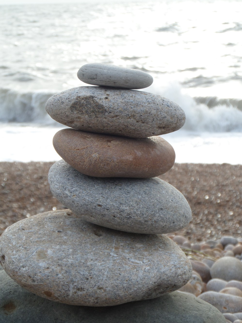 pebble-tower-eype-beach