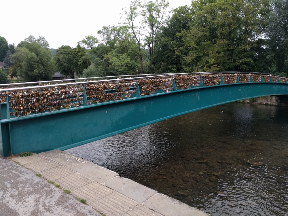 the-padlock-bridge-bakewell