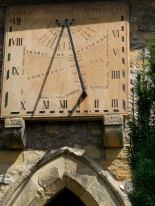 the-peak-pilgrimage-sundial-eyam